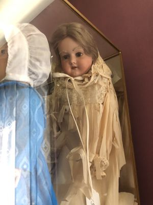 Antique doll for Sale in Brunswick, OH