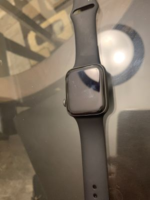 Apple Watch 4 series no charger UNLOCKED for Sale in Los Angeles, CA