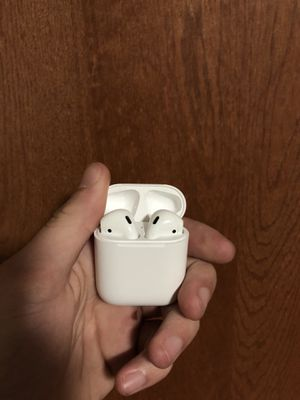 Apple Airpods! Great condition! for Sale in West Palm Beach, FL
