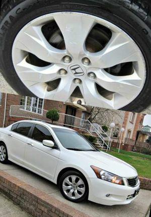 Super clean. 2010 Honda Accord XLE V6. FWDWheels for Sale in Portsmouth, VA