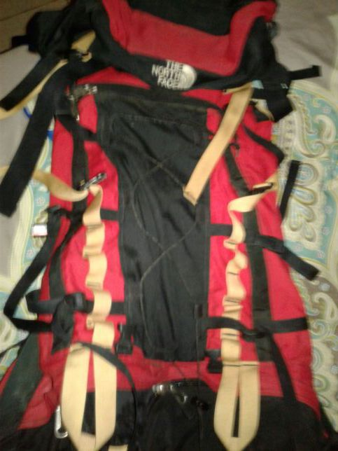 2e87fb7d0 North face badlands hiking pack for Sale in Lexington, KY - OfferUp