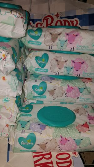 Pamper wipes for Sale in San Diego, CA
