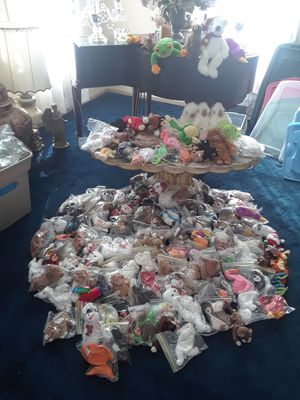 TY Beanie Baby Collection of 162 small and 14 large!!! for Sale in Rockville, MD