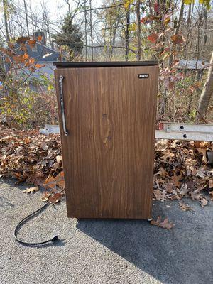 Sanyo Mini Fridge for Sale in East Greenville, PA