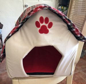 Fabric style dog or cat house for Sale in Sanford, FL