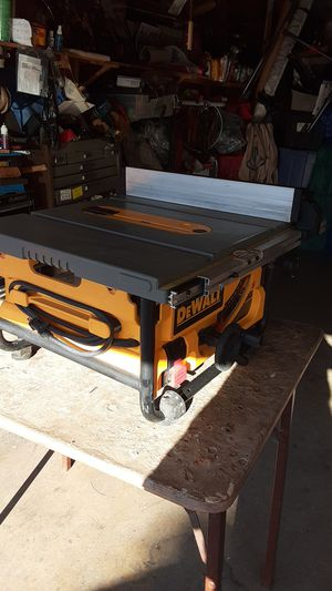 "Dewalt D W 745 10"" blade table saw for Sale in E RNCHO DMNGZ, CA"