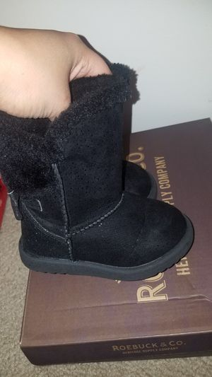 Baby girl black boots for Sale in Brentwood, NC