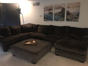 3 PIECE SECTIONAL + OTTOMAN for Sale in Alexandria, VA