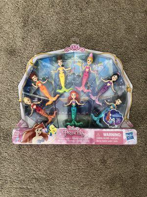 New Disney Princess 7pk Sister Doll Figurines for Sale in Encinitas, CA