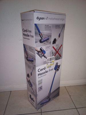 Dyson v7 Motorhead Origin for Sale in Placentia, CA