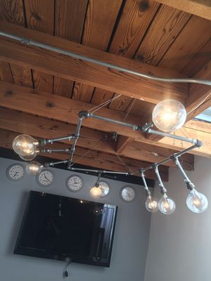 Urban light fixture 8 large Edison bulbs metal pipes for Sale in Los Angeles, CA