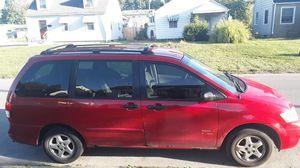 2000 mazda mpv mini van (no title) for Sale in Columbus, OH