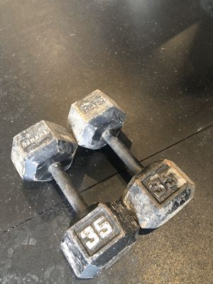 Pair of 35 lbs Hex Dumbbells $80 (Firm)or trade for one 75lb hex dumbbell for Sale in Modesto, CA