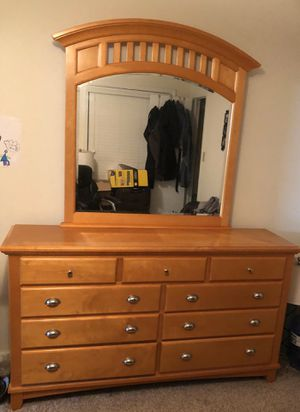 Price reduced **** large modern dresser with mirror & 9 storage drawers for Sale in Morrisville, NC
