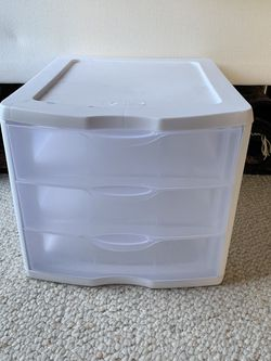 Sterilite Plastic Drawers Organizing Bin for Sale in San Diego,  CA