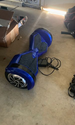 Hoverboard w/ built in Bluetooth speaker for Sale in Manteca, CA