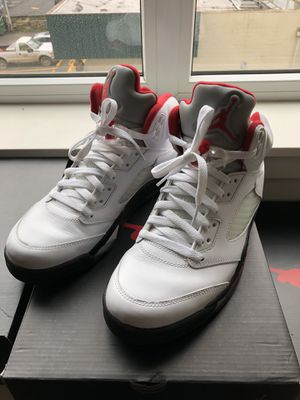 Nike Air Jordan 5 Retro Fire Red. Size 8.5. for Sale in Portland, OR