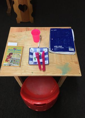 Kids table/chair for Sale in Dearborn, MI