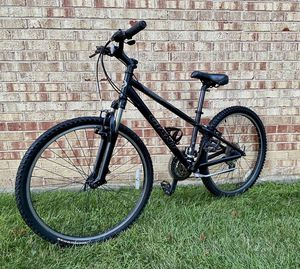 """Giant Bike 26"""" tires for Sale in Downers Grove, IL"""