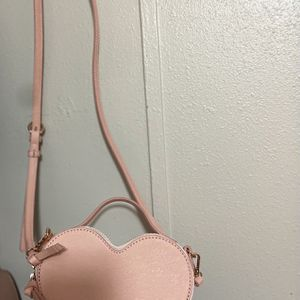 LC Lauren Conrad Heart Crossbody Bag for Sale in Austin, TX