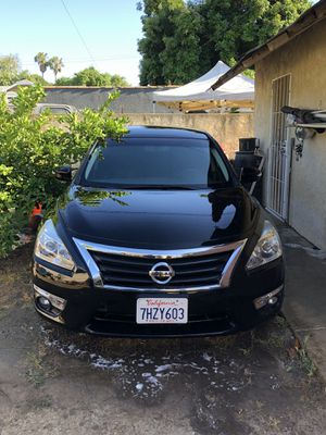 Nissan Altima 2015 for Sale in Santa Ana, CA