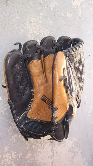 Rawlings Leather Baseball Glove, Youth and Baseballs for Sale in New Hope, PA