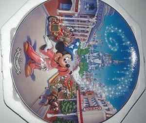 Walt Disney World 25th anniversary Main Street USA plate for Sale in Cranston, RI