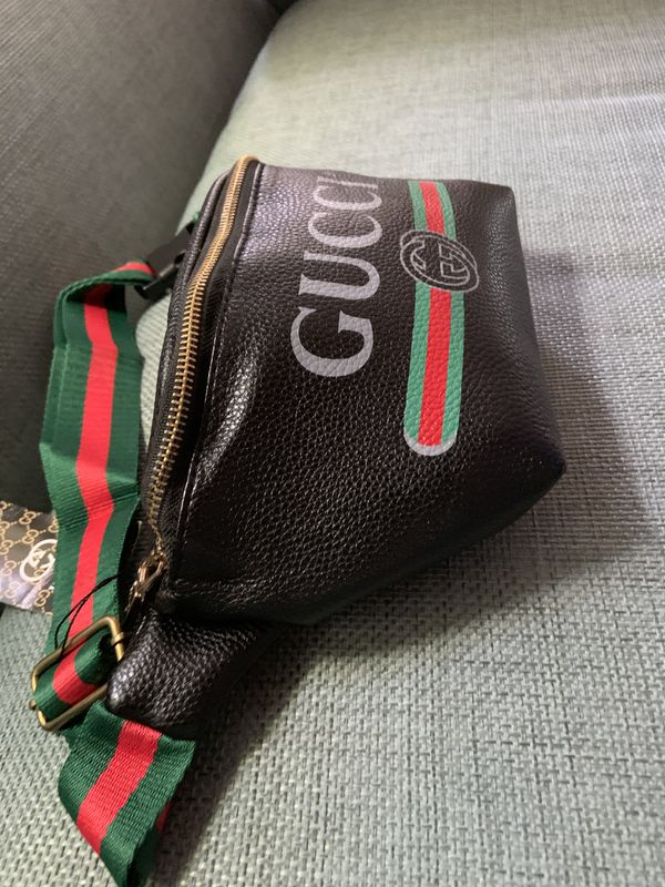 Gucci supreme waist chain fanny belt bag sunglasses case cross body fit gym gold brass tote clutch handbag purse wallet