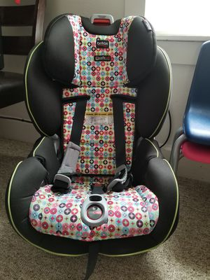 Britax Boulevard ClickTight Convertible Car Seat for Sale in Binghamton, NY