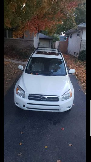 Toyota rav 2007 limtied 4wd for Sale in Columbus, OH