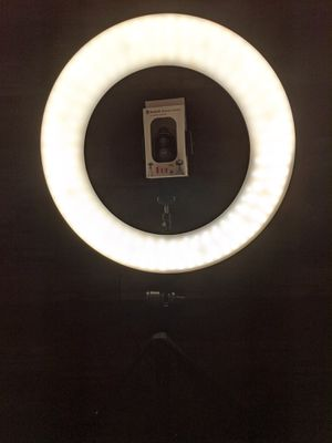 """18"""" RingLight with Dimmable with Remote and other Accessories for Sale in Chino Hills, CA"""