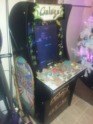 4ft tall video arcade game 2 games in 1 for Sale in Tacoma, WA