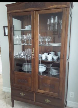 Antique China Cabinet - rustic for Sale in Weston, FL