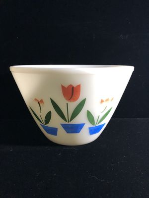 Fire king pyrex nesting bowls 7.5 and 8.5 $25 each for Sale in North Kingstown, RI