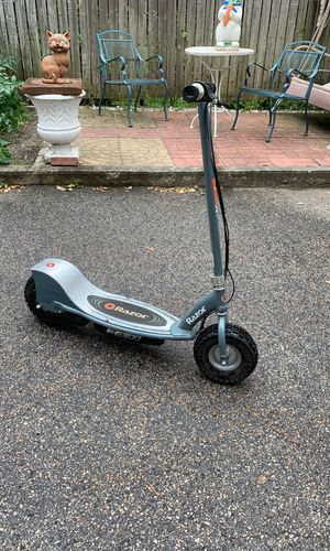 Razor e300 electric scooter upgraded tires for Sale in Brookline, MA