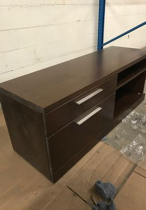 Office furniture for Sale in Arlington Heights, IL