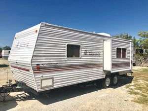 2003 terry 27ft Camper With slide out very clean Must See for Sale in Fort Worth, TX