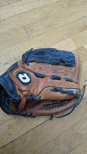 """DeMarino 13"""" Ecco Leather Softball Glove Mitt for Sale in Chicago, IL"""