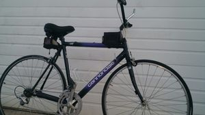 Cannondale road bike for Sale in Fort Pierce, FL