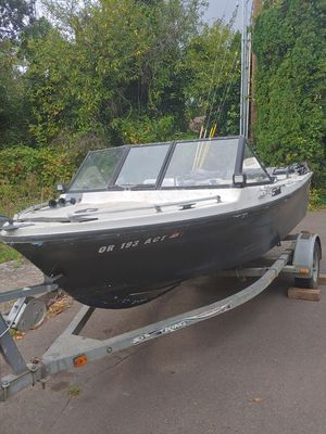 77 seaswirl for Sale in McMinnville, OR