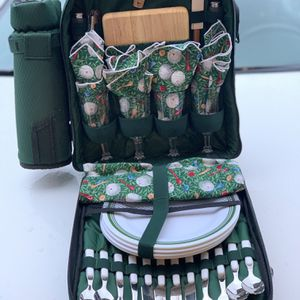Outdoor Picnic Set for Sale in Puyallup, WA
