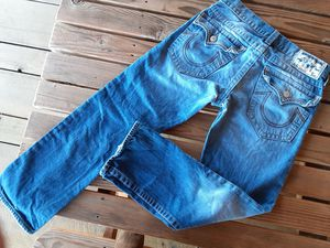 $40 True Religion Mens straight leg jeans size 31 for Sale in Powell Butte, OR
