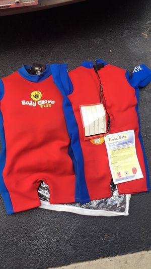 Body gloves life jackets for toddlers. One small, one medium. for Sale in Columbus, OH
