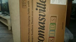 Thomasville kids southern dunes changing table with pads for Sale in Tampa, FL