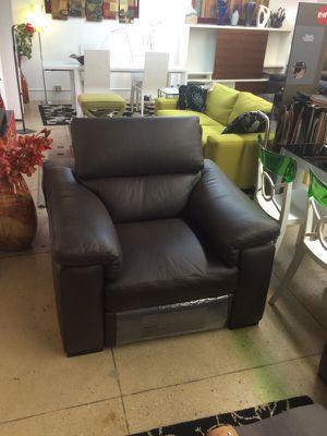 Natuzzi Italia chair for Sale in New York, NY