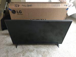 43in LG 4K TV for Sale in Alexandria, VA