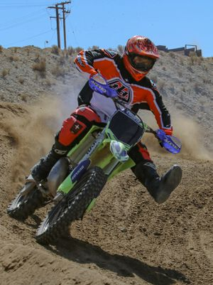 Yamaha yz 250 dirt bike motorcycle for Sale in Moreno Valley, CA