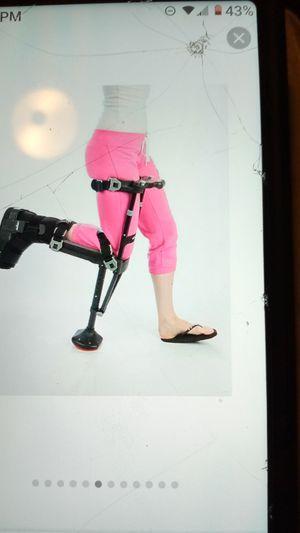 I WALK 2.0 Hand Free Alternative Crutches for Sale in North Highlands, CA