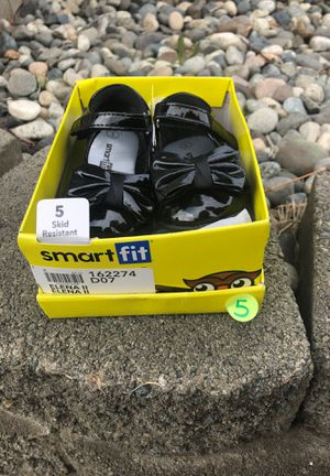 Black Bow Shoes (size 5) for Sale in East Wenatchee, WA