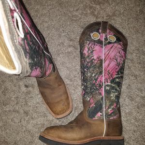 Extra Tall Pink Boots Size 8 for Sale in Oklahoma City, OK
